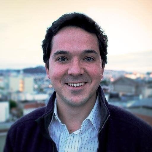 Carlos E. Gómez