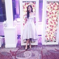 Alina Huang