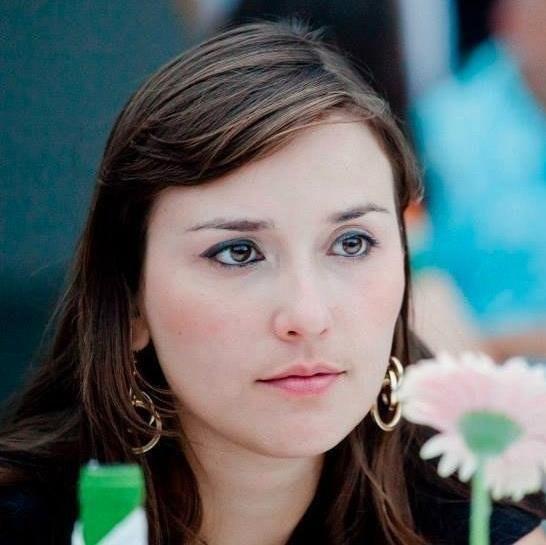 Amanda Z Marinho