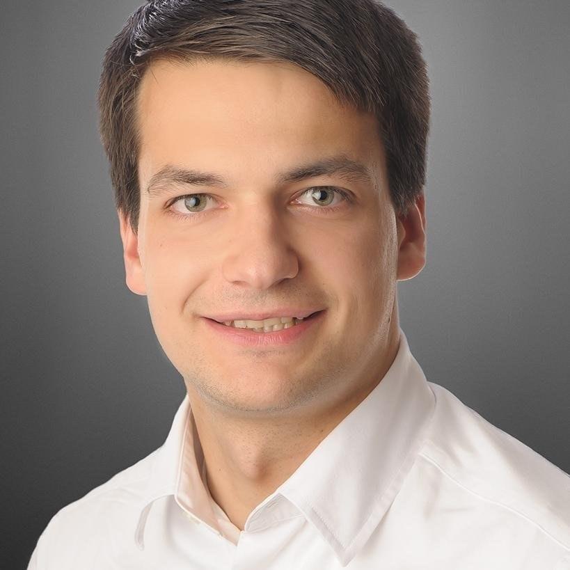 Julian Stolzenbach