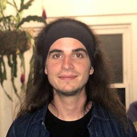 Mario Lazaro