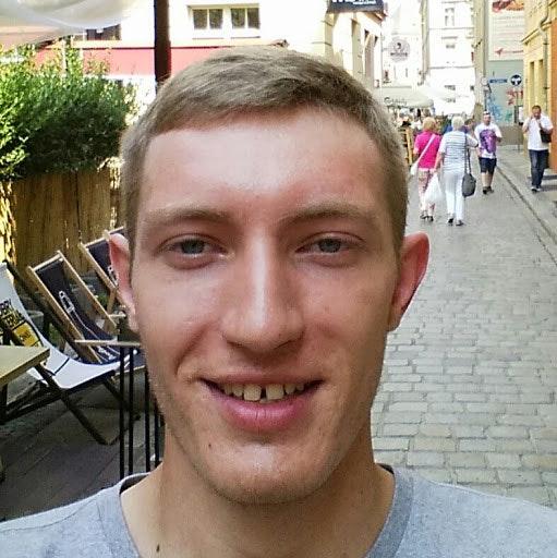 Макс Назаров