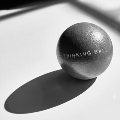 THINKING BALL