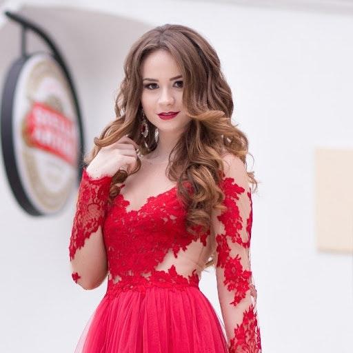 Adela Stan