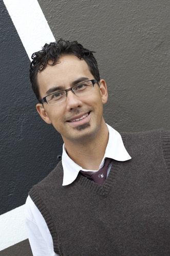 Phillip J Djwa