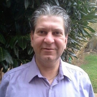 Ian M Calvert