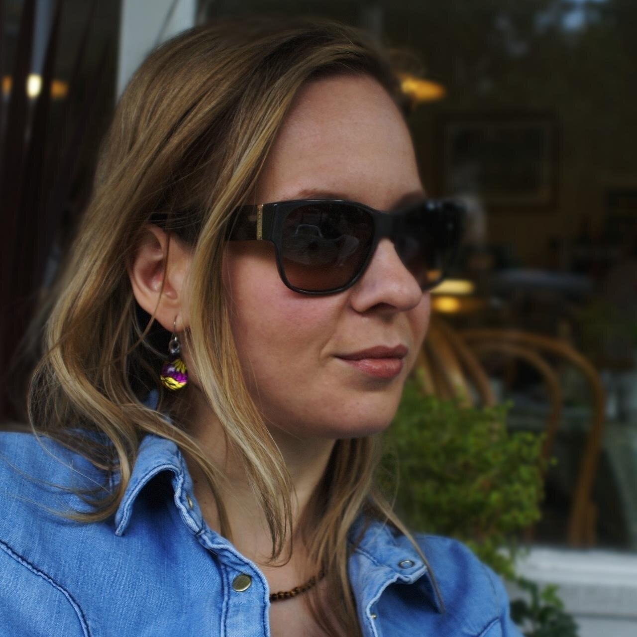 Helene Bartos (PhD)