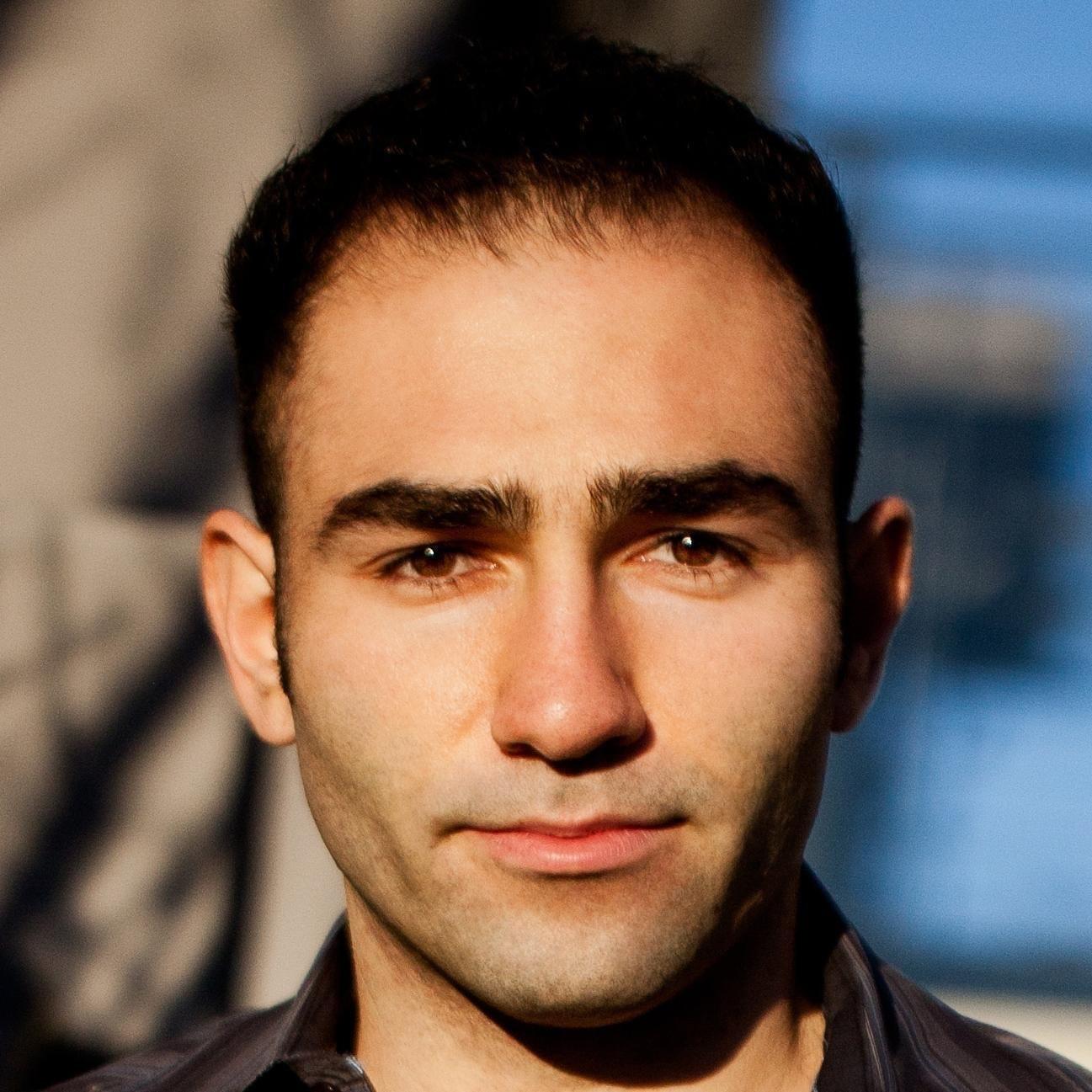 Aryk Grosz