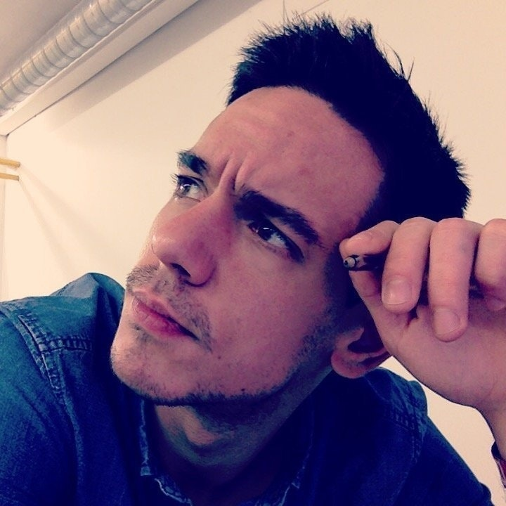 Víctor Arenas