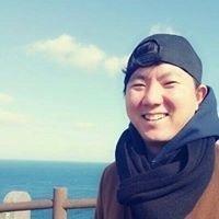 Hyun-Seok Lee
