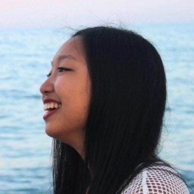 Mònica Zeng