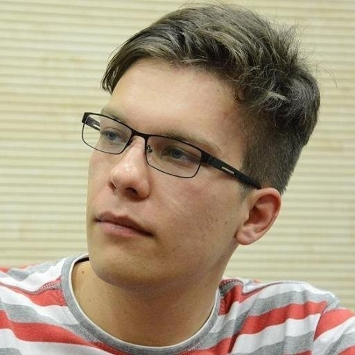 Милош Живадиновић