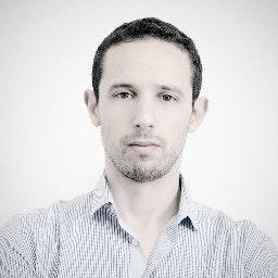 Yogev Ahuvia