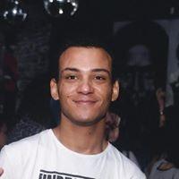 Léo Oliveira