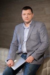 Dmitry Pluschevskiy
