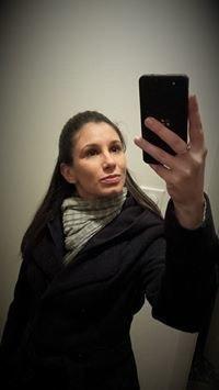 Marie Nieves