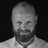 Niklas Lundbäck