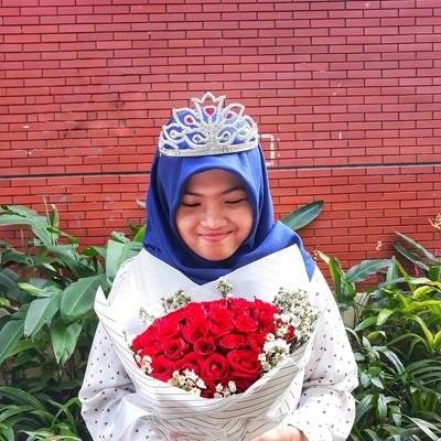 Rosa Nur Rizky F.T