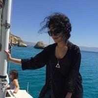 Yalda Mousavinia